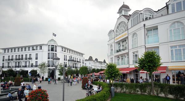 strandpromenade ostseebad binz insel ruegen | Haus Friedrich Göhren